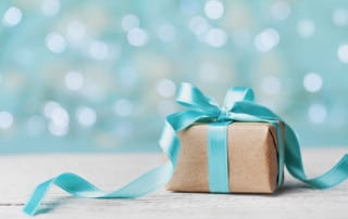 How to (Politely) Give Cosmetic Dentistry as a Gift